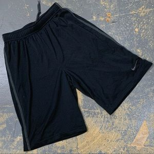 Nike Dri-Fit Mesh Basketball Shorts XL 589623-011